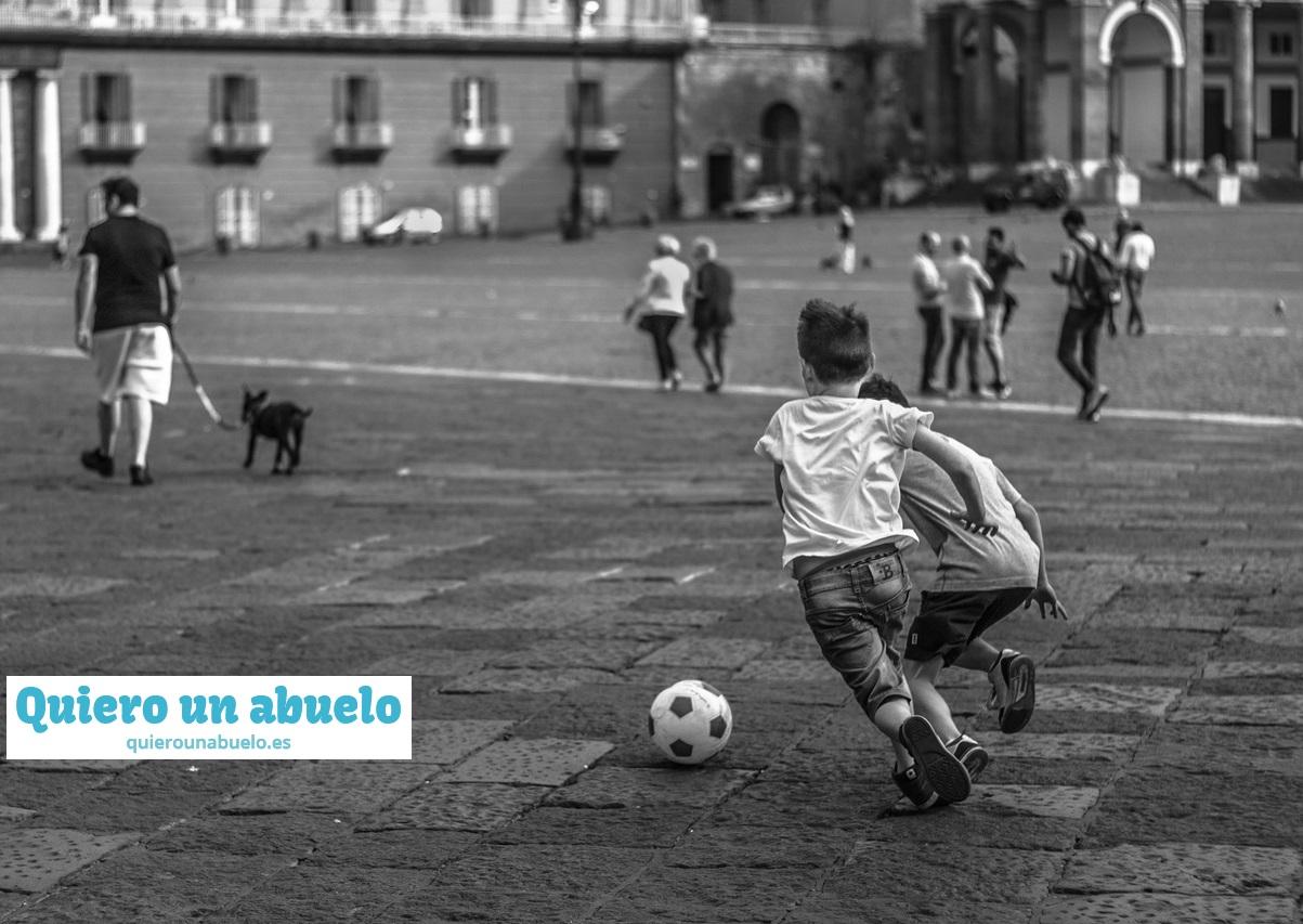 Recuerdas Jugar En La Calle En Tu Infancia Quiero Un Abuelo