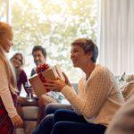 Consejos para acertar con un juguete para tu nieto o nieta